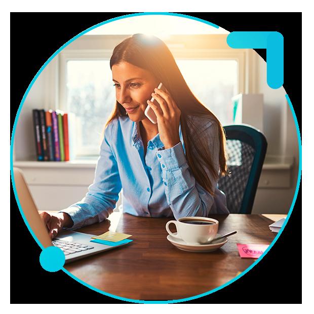 sistema de gestión del proveedor mujer llamando